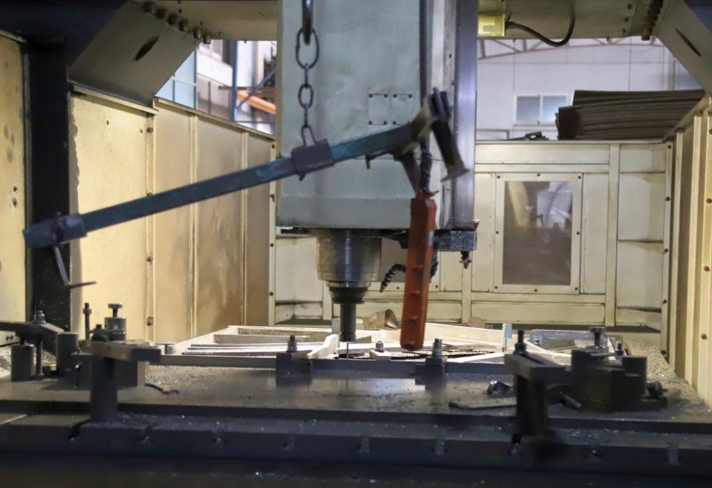 CNC milling Machine for Iron Frame