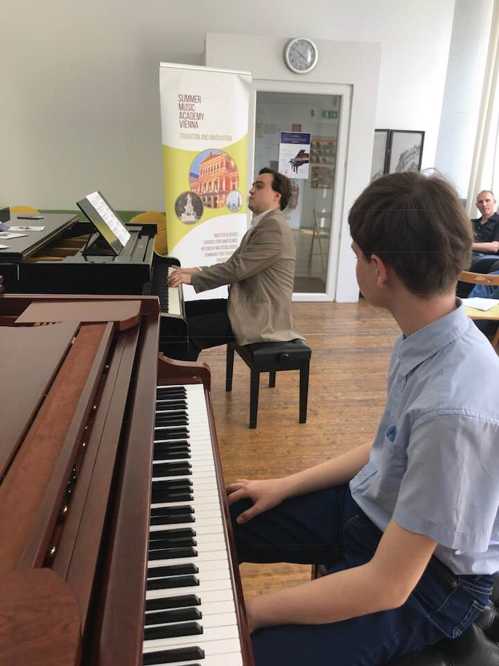 FEURICH Masterclass with Vladimir Kharin